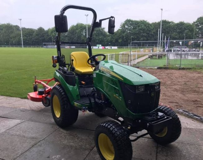 Small but mighty!  John Deere 2026R compact tractor