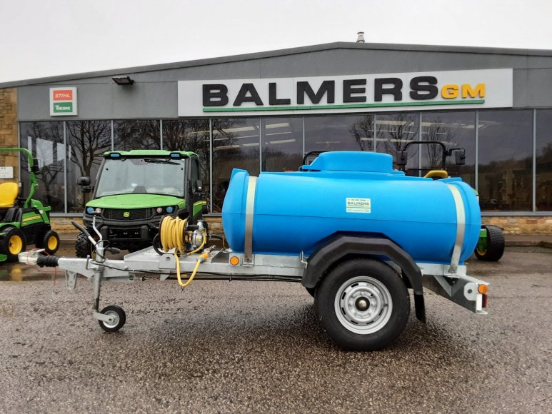 Water Bowser with Pump for hire