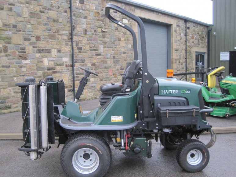 Hayter LT324 Triple Mower