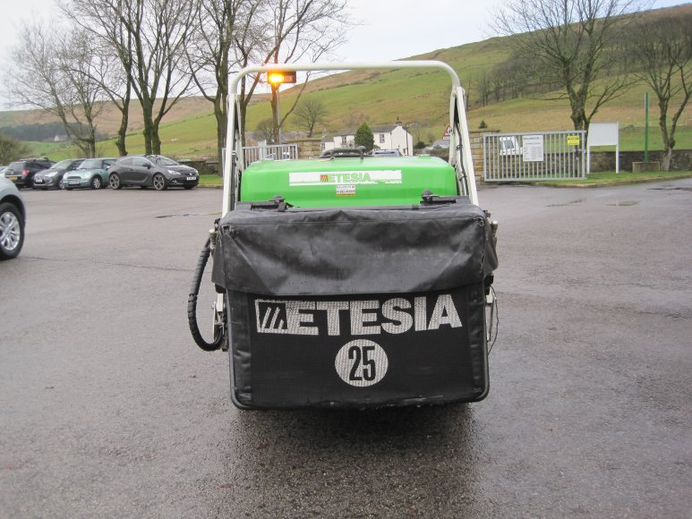 Etesia H124DS Commercial Mower