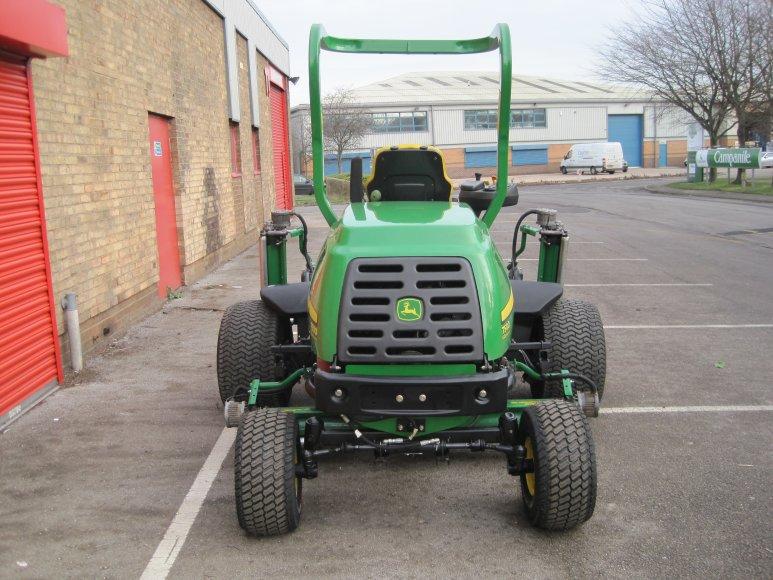 John Deere 7500E Fairway Mower | Balmers GM Ltd