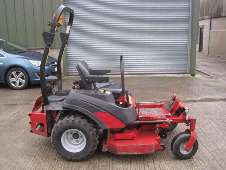 Ferris IS1500Z Zero-Turn Commercial Mower