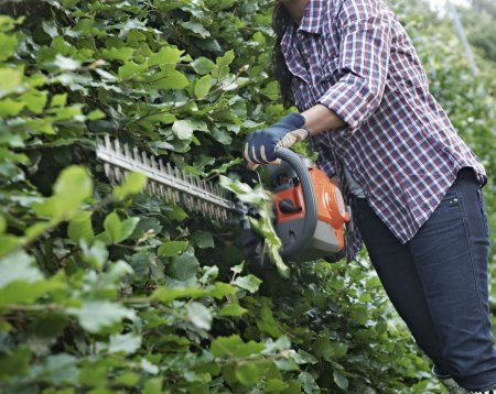Petrol Hedge Trimmers & Long-Reach Hedge Trimmers