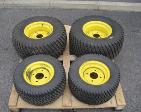 John Deere Wheels and Turf Tyres